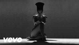 Beyoncé arról énekel, hogy megcsalták, miközben Serena Williams a földön fetreng