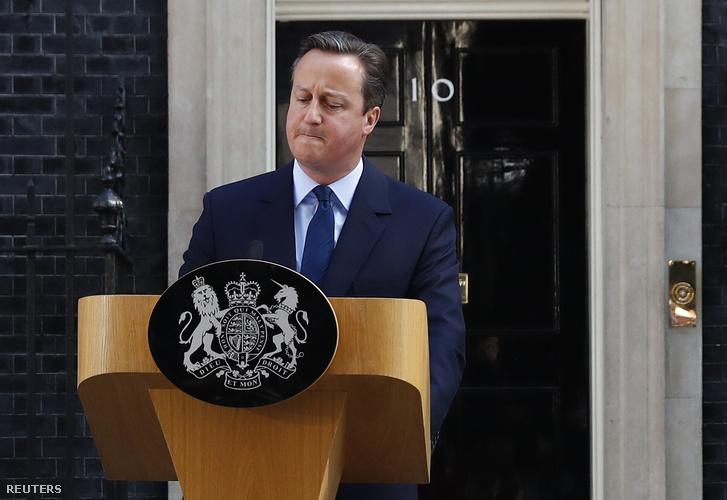 David Cameron péntek reggel bejelentette a lemondását