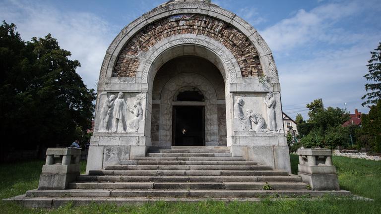 Siralmas állapotban az ország egyik legfontosabb mauzóleuma