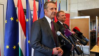 Az új MSZP-elnök megkezdte a személycseréket: kirúgja a pártigazgatót