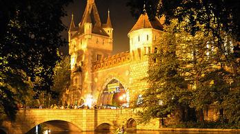 Nyáresti koncertek a város legromantikusabb helyszínén