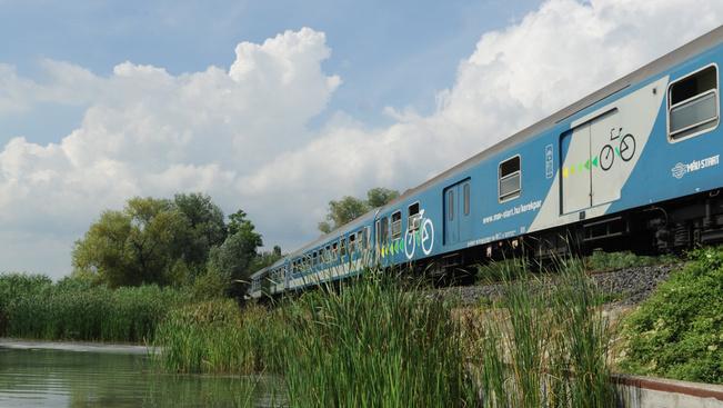 Így vonatozhatnak olcsóbban a diákok nyáron