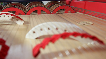 Ön is élőben hallhatja Da Vinci titokzatos hangszerét!