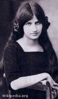 Jeanne Hebuterne