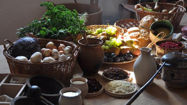 Középkori bográcsos főzőshow is lesz a visegrádi Palotajátékokon