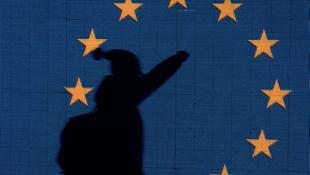 Üzeni Brüsszel, hogy várja a gyakornokokat és friss diplomásokat