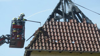 Tűz a pszichiátriai otthonban: a gondozók menekítették ki a lakókat