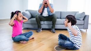 Mások gyerekei bezzeg tudnak viselkedni!