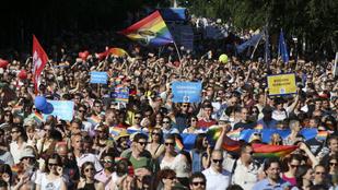 Rekordszámú ismert márka áll ki Budapest Pride mellett