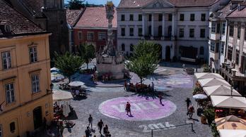 Sopronban macskakő nem marad szín nélkül