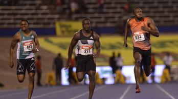 Mit keres Usain Bolt a futball-Eb-n?