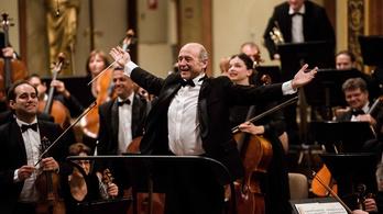 Fischer Iván lett a legjobb külföldi karmester