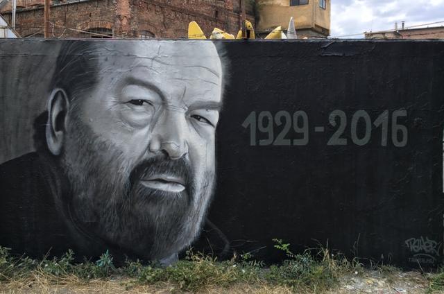 Filatorigátnál keresse az élethűre sikerült graffitit!