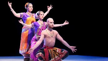 Népek táncai kelettől nyugatig