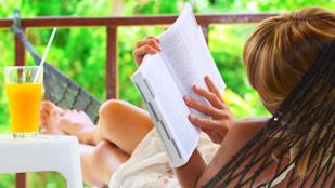 Nyaralni se lehet jót könyv nélkül!