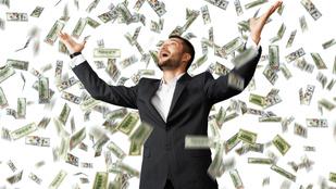 Mennyi pénzt adna az embernek, aki visszaadta önnek a taxi ülésén felejtetett 53 millióját?
