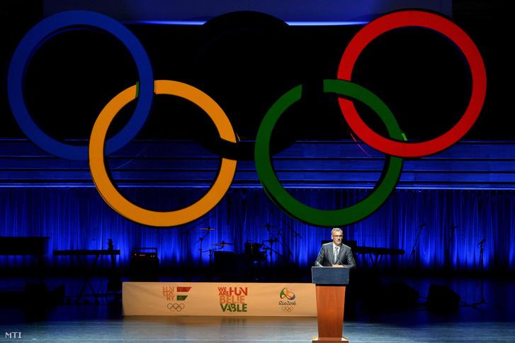 Borkai Zsolt a Magyar Olimpiai Bizottság (MOB) elnöke beszédet mond a riói nyári olimpián résztvevõ magyar sportolók ünnepélyes fogadalomtétele elõtt a Mûvészetek Palotájában 2016. július 7-én.