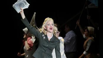 Debütál az új Evita – nézze meg képekben, milyen lett!