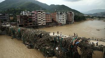160 halálos áldozata van a tájfunnak Kínában
