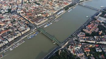 Négy métert emelkedik a Duna a napokban