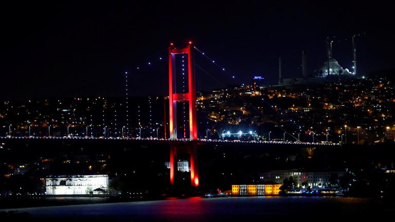 Katonai puccskísérlet zajlik Törökországban