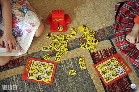 Dívány - Szülőség - Büdös lábbal játszanak a gyerekek bd6c474c0b