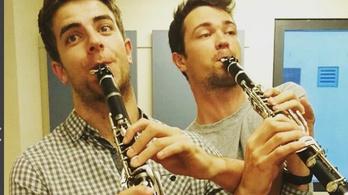 Két klarinét, négy kéz - de nem mindegy, melyik kié
