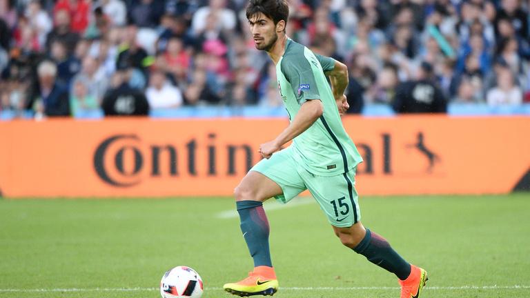 50 millió euróért vett Eb-győztes portugált a Barca