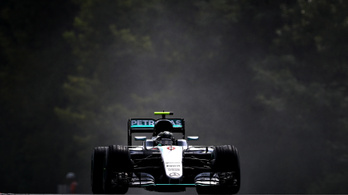 Rosberget beidézték, de megtarthatja a pole-t a Hungaroringen