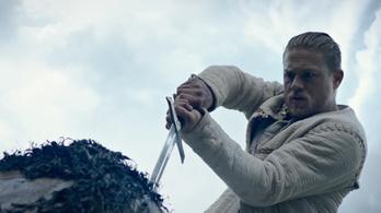 Elég nagy sületlenségnek tűnik ez az Arthur király