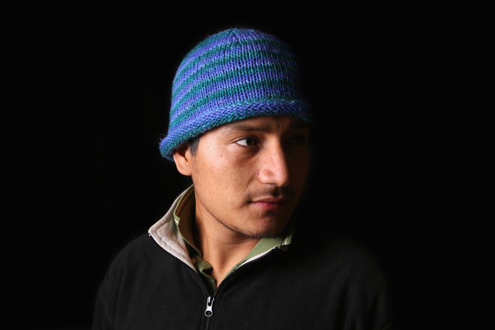 Gilberto Mendez Chiapasból, Mexikóból indult útnak még 2008-ban: öt évig élt Washington államban mielőtt kiutasították. A rendőrök azért állították meg és utasíttatták ki, mert érvényes jogosítvány nélkül vezetett. A 28 éves férfi szeretne visszatérni az Egyesült Államokba, hogy ne a mexikói szegénységben és a bűnbandák harcai közepette kelljen élnie.