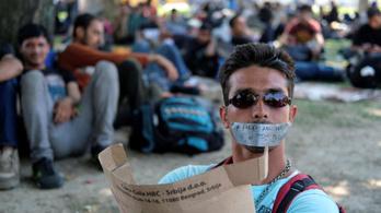 Hamarosan a szerb-magyar határhoz érnek az éhségsztrájkot tervező migránsok