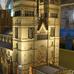 Így néz ki egy legóból épített ezeréves katedrális