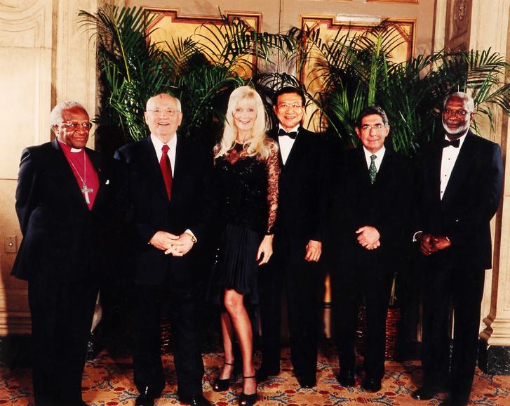 Desmond Tutu, Mihail Gorbacsov, Varga Ildikó, Mr. Chang, Oscar Arias Sanchez, Kofi Annan