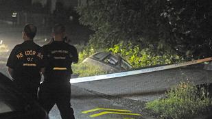 Autórablás után a saját kocsija alá szorult egy nő Gödöllőn