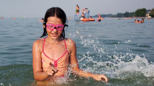 Mibe fáj egy gyerekes nap a balatoni strandon?