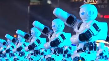 Világrekordot döntöttek a táncoló robotok