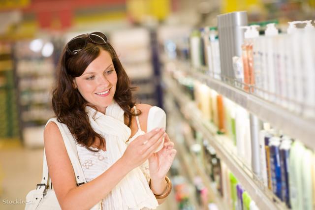 stockfresh 137780 shopping-cosmetics--smiling-woman-holding-sham