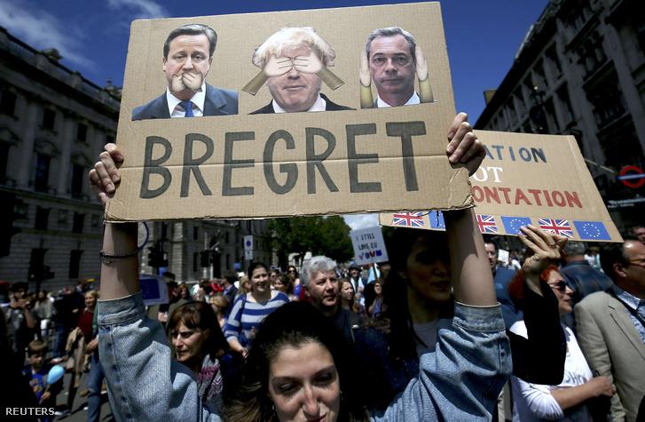 Több tízezren tüntettek július 2-án Londonban a brexit ellen