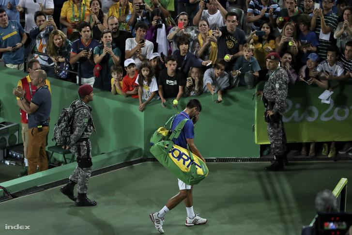 Del Potro két szettben búcsúztatta Novak Djokovicsot.