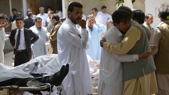 Pokolgép robbant egy pakisztáni kórházban, rengetegen meghaltak