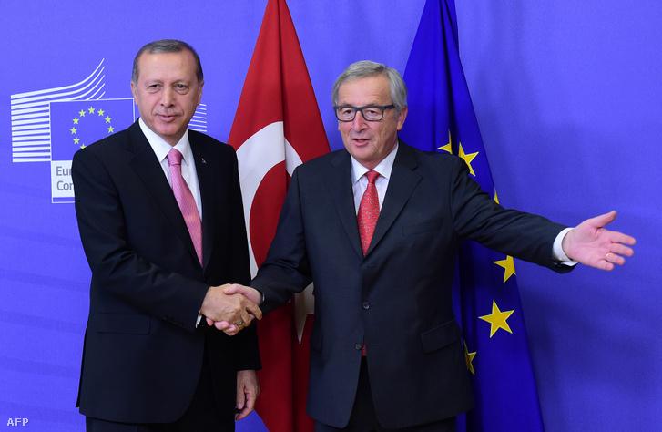Erdogan és Juncker Brüsszelben, 2015. október 5-én.