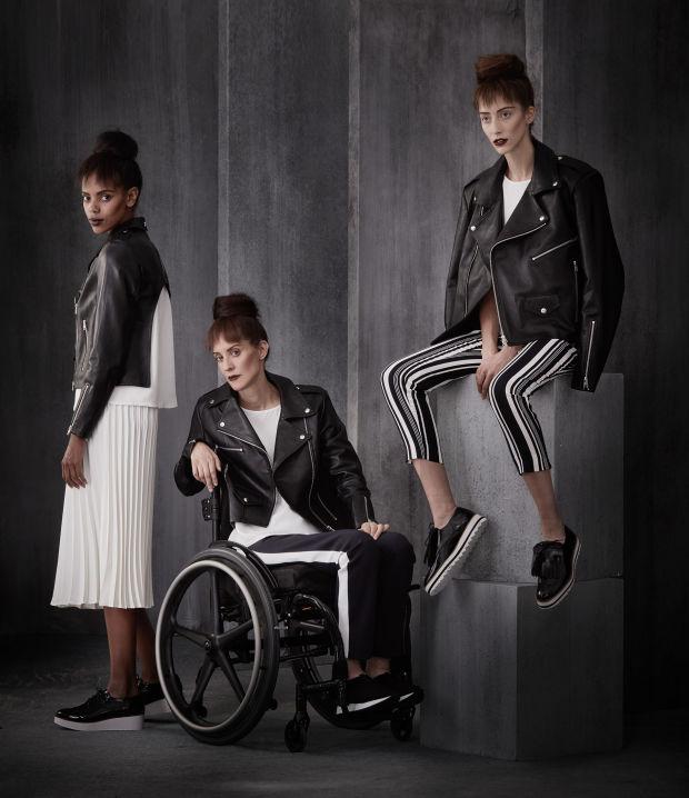 hanem Izzy Camillerinek köszönhetően a kerekesszékkel élő nők és férfiak is találnak maguknak divatos ruhadarabokat.