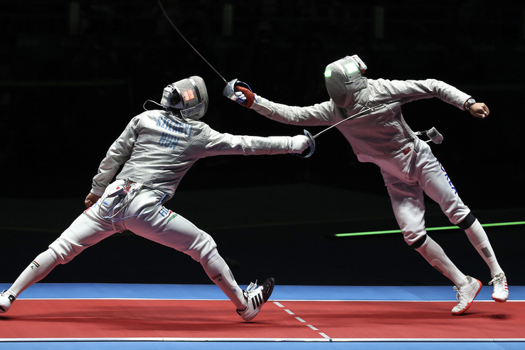 A koreai fürge mozgása néhol szorossá tette a mérkőzést de végül Szilágyinak sikerült bejutnia a döntőbe.