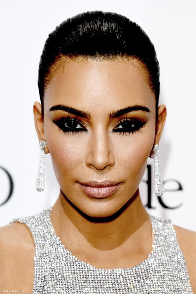 Az igazi vagy a viasz Kardashiant látja?
