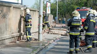 Nagyon rossz helyre lépett egy munkás egy budapesti építkezésen