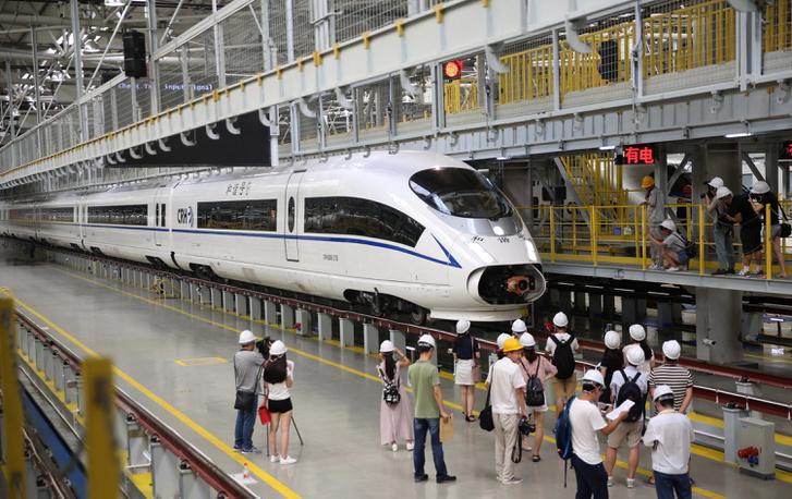 A világ leggyorsabb nagysebességű vonata, a CRH380B Kínában készül.