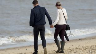 Tom Hiddleston újra beszélt Taylor Swiftről