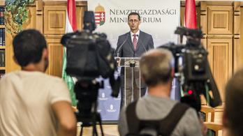 Varga: Többet senkinek sem kell adóbevallással tördőni