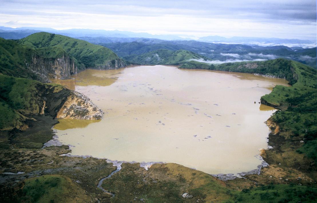 A tó a kitörés után